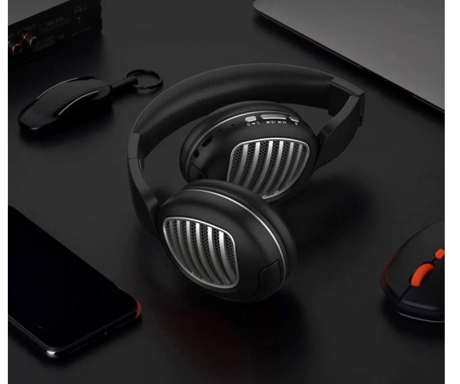 Futuristic Design Wireless Bluetooth Headphones